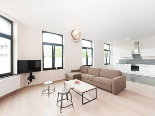 Smartflats Opera 2.2 - 2Bed - City Center, Luik