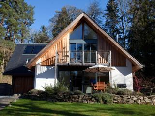 Boltachan Dell - sleeps 8 with woodland garden, Aberfeldy