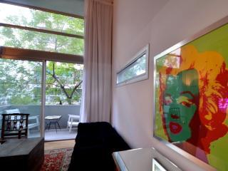 ARTIST LOFT IN TRENDY LAS CAÑITAS, BUENOS AIRES