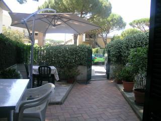 Lovely Ground floor  apartment near the beach, Castiglione Della Pescaia