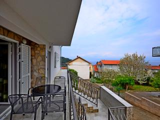 BRAND NEW APT - SEA VIEW for 4 persons - A3, Stomorska