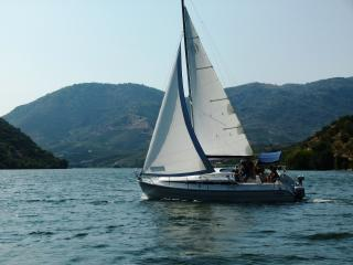PORTO DOURO VALLEY SAIL YACHT CRUISES WITH SKIPPER, Oporto