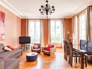 75sqm in Saint-Honoré Square: the heart of Paris, París