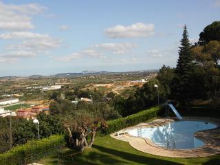 Chalet con capacidad para 14/15 y piscina privada, Chiva