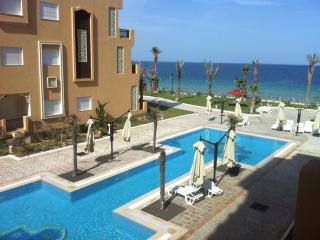 A louer Appartement pied dans l'eau Haut standing, Sousse
