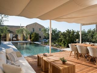 Villa Dimi  with private Pool Near Sandy Beach  Kalathas Chania Crete