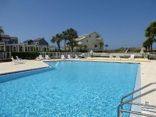 Easy-Living N Cape Gulf Front 3 Bed/3.5 Bath Townhome, 2 Ocean Front Masters, Cape San Blas