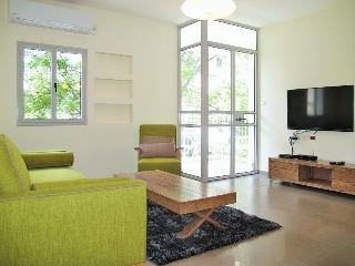 Tchernikhovski gorgeous 2bedrooms, Tel Aviv