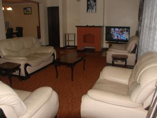 Beautiful  3Bedroom Apartment in Kileleshwa  Nairobi, Shaba National Reserve