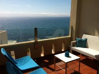 Apartamento Carboneras frente al mar con piscina