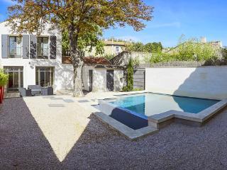 None YNF CHA, Les Baux de Provence