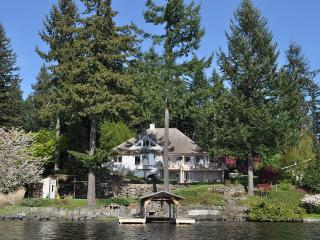 Lake Sawyer waterfront home, Black Diamond