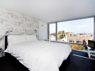 Sydney, Darlinghurst 2 bedrm TT606