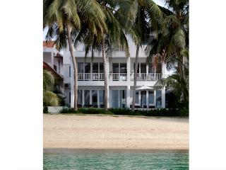 Villa M- luxe beachfront