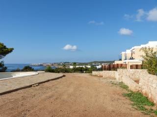 Duplex face a la mer ,  WIFI, Cala Tarida