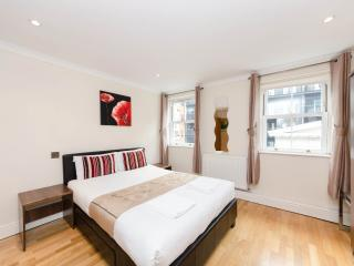*REDUCED* Stylish Aprt Near London Eye