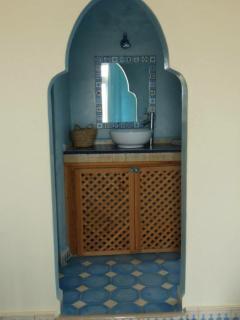 Vue salle d'eau chambre bleue