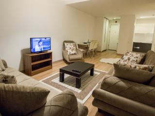 LUXURY APARTMENT iN MALL OF ISTANBUL FOR 7 PERSON, Istambul