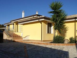 Villa bifamilare a 200 mt dalla spiaggia di sabbia, Arbatax