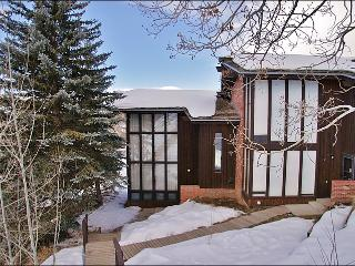150 Yards to the Ski Slopes - Low Rates, Great Value (2852), Steamboat Springs