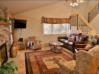 Only 150 Yards to Ski Slopes - Warm, Comfy, & Updated Property (3832), Steamboat Springs