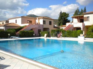 Quadrilocale in residence con piscina, San Teodoro