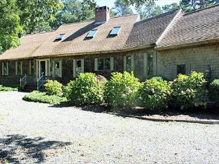 WONDERFUL,SPACIOUS, LOVINGLY MAINTAINED HOME IN SENGEKONTACKET AREA, Oak Bluffs