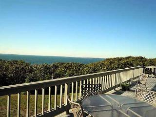 ARCHITECTURAL AWARD WINNING HOME WITH PANORAMIC VIEWS OF THE VINEYARD SOUND