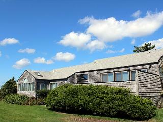 ENJOY BEAUTIFUL VIEWS OF THE ATLANTIC OCEAN FROM THIS KATAMA HOME, Edgartown