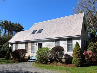 CENTRALLY LOCATED KATAMA HOME WITH LOVELY PATIO AND YARD, Edgartown