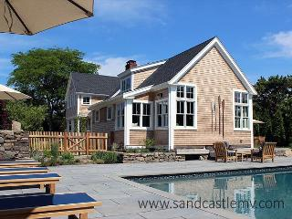Beautiful Katama Home with Heated Pool