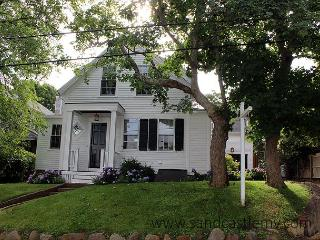 Newly Renovated In-town Edgartown Home