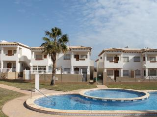 La Cinuelica R3, First Floor Apartment in Los Altos