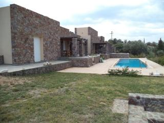 Elanion Villa I, Perdika