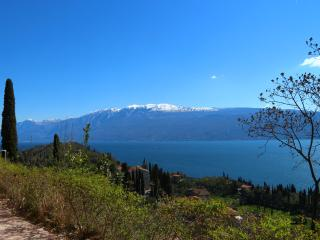 Casa Miraggio, charme, relax e vista lago di Garda