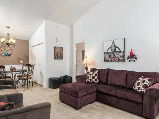 Cute and Comfy 2 Bed 2 Bath Mesa Townhome