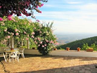 Casa da Menina, great views,seclusion, tranquility, Monchique