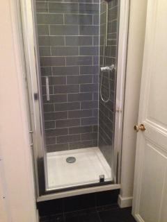 The apartment also has a separate shower room and WC.