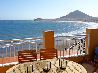 Ático de 3 hab. primera linea playa en el Medano, El Medano