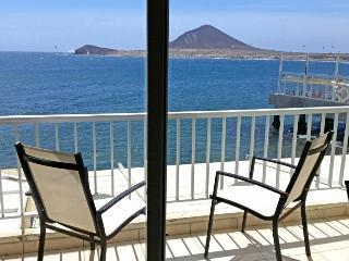 Fantastic Apartment with sea views in el Medano, El Médano