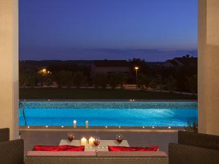 Relaxing villa with the sea view, Umag