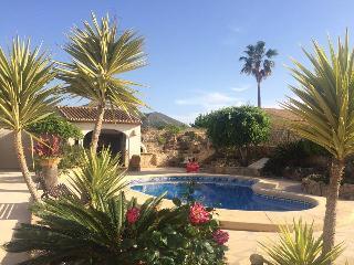 Casa Constanza, Jávea./Jardín y piscina privad