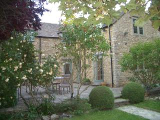 Stone Cotswold cottage in picturesque village