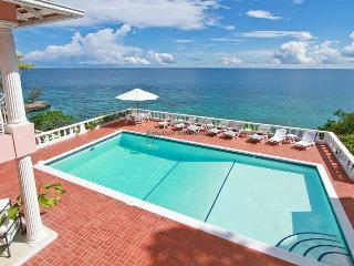 Emerald Seas - Ocho Rios 4BR, Tower Isle