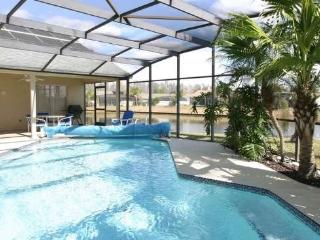 3512PC. Orlando 4 Bedroom Home With Private Pool Overlooking The Lake