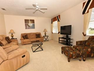 4 Bed 3 Bath Pool Home With South Facing Pool & Spa. 440BON., Orlando