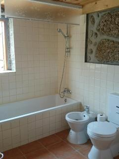 Ensuite bathroom.