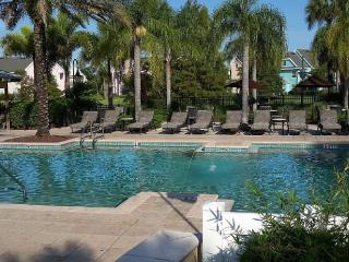 Charming villa minutes from Disney, Kissimmee