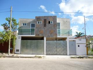 Private Nice studio with a/c  erida Yucatan north, Merida