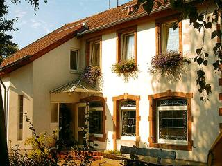 Vacation Apartment in Wallerfangen - 861 sqft, max. 4 people (# 8460)